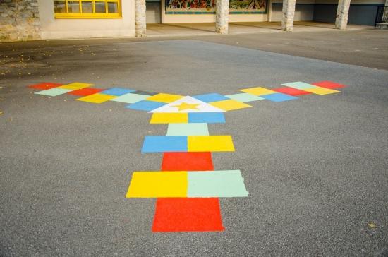 """Ecole primaire """"Le Chat Perché"""" jeux"""