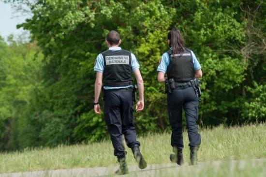 Gendarme en patrouille